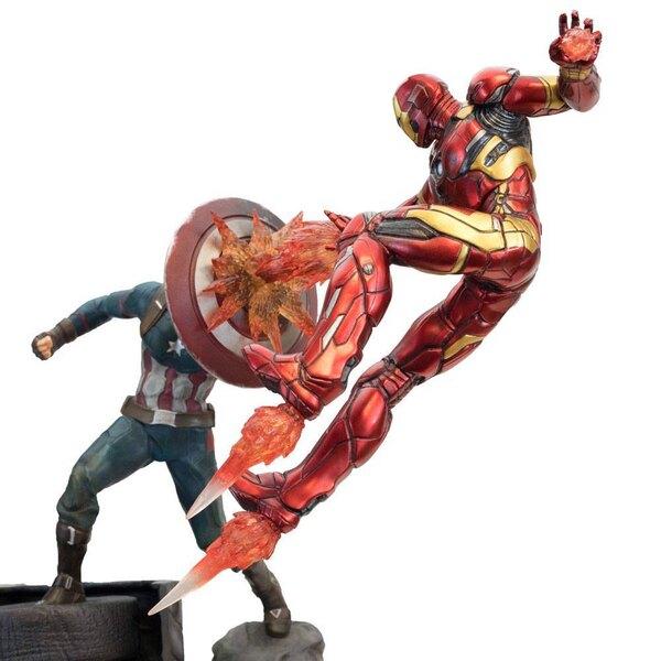 Captain America Civil War Estatua Premium Motion Captain America vs Iron Man 43 cm