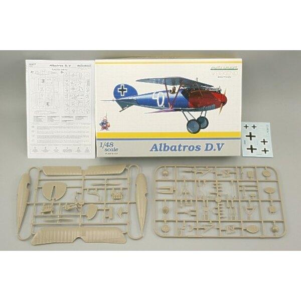 Albatros D.V