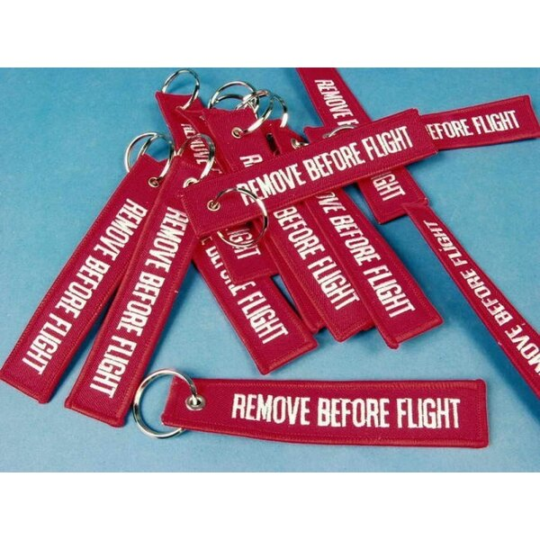 Porte-clef Remove Before Flight