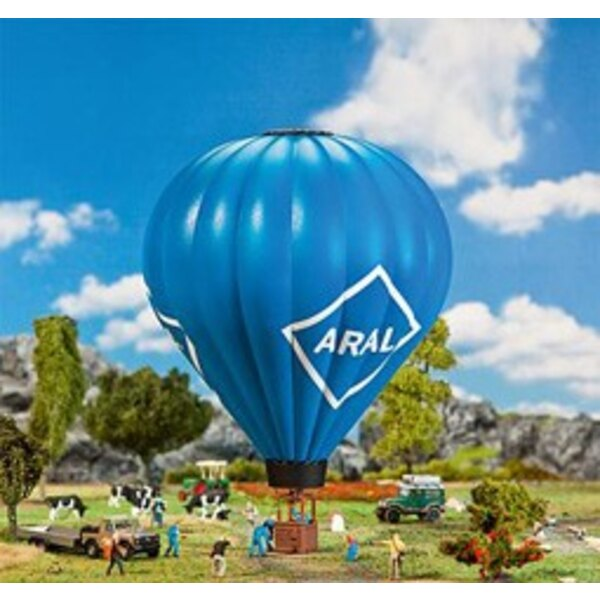 Hot air balloon with gas flame