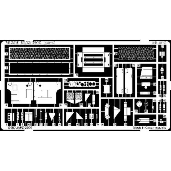 M12 GMC (diseñado para ser ensamblado con maquetas de Academy)