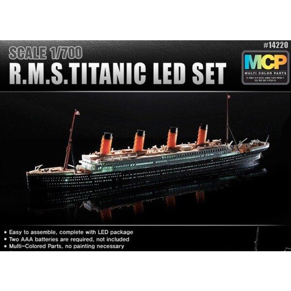 RMS Titanic + LED setUpper cubierta y la cabina de iluminación effectMCP (Colorido piezas) LED unit.Display de pie con la baterí