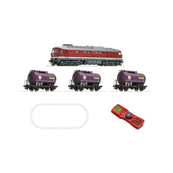Digital Starter Set: Diesel locomotive class 132 and freigth train,DR