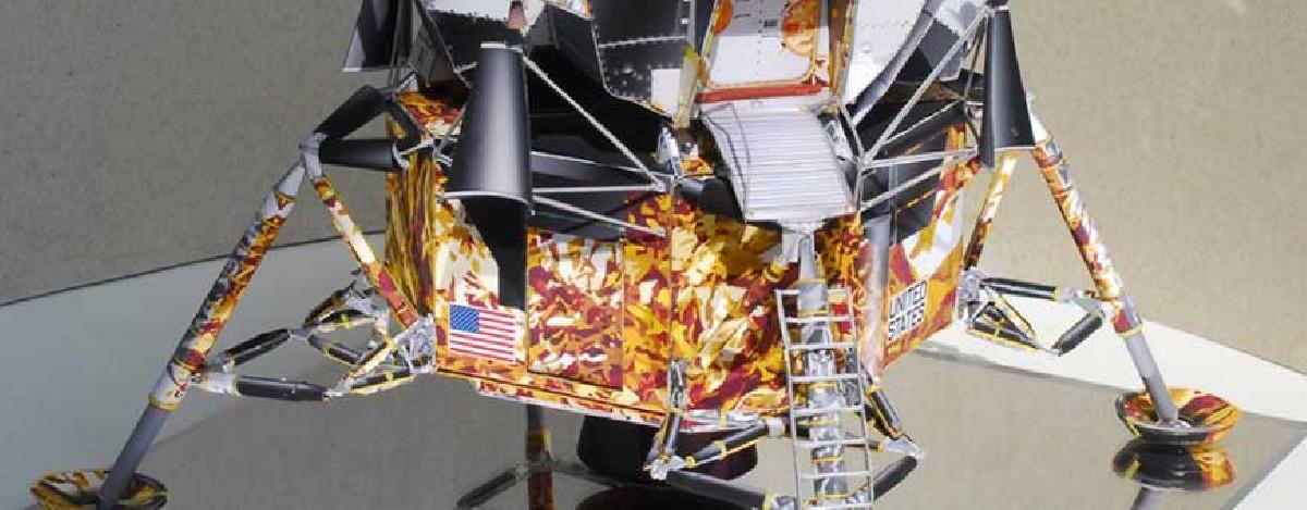 Maquetas de naves y cohetes espaciales